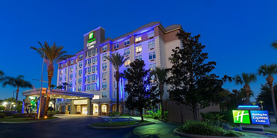 holiday-inn-express-and-suites-kissimmee-5517937300-2x1-1